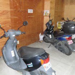 屋内バイク置場